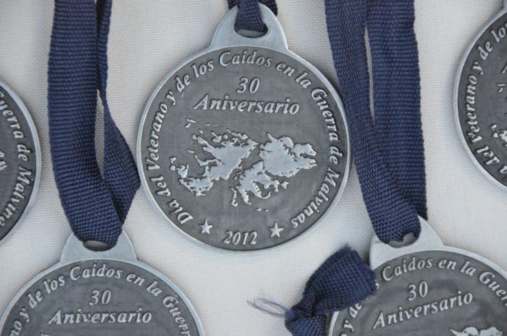Medallas entregadas a los Héroes de Malvinas al cumplirse el 30º Aniversario de la guerra